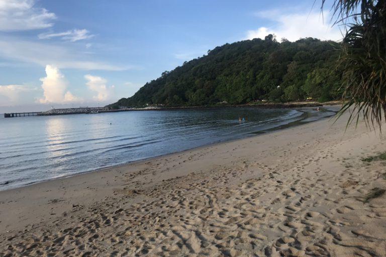ระยองรีสอร์ท : ชายหาด