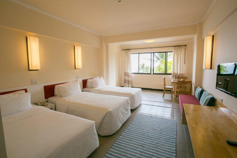 Rayong Resort : Deluxe Triple Seaview Room