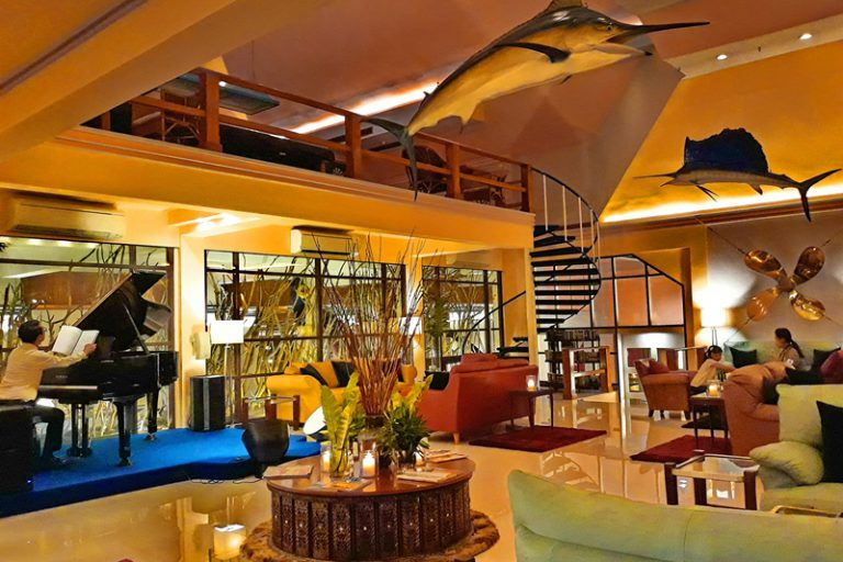 Rayong Resort : Restaurants