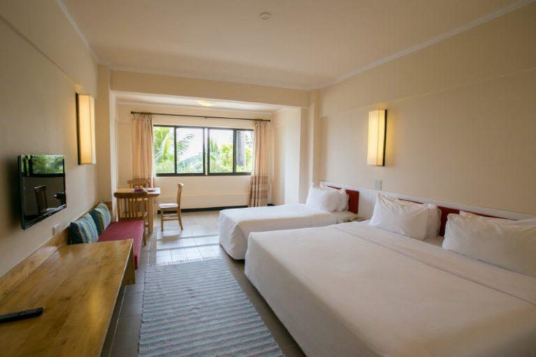 Rayong Resort : Deluxe Triple Seaview